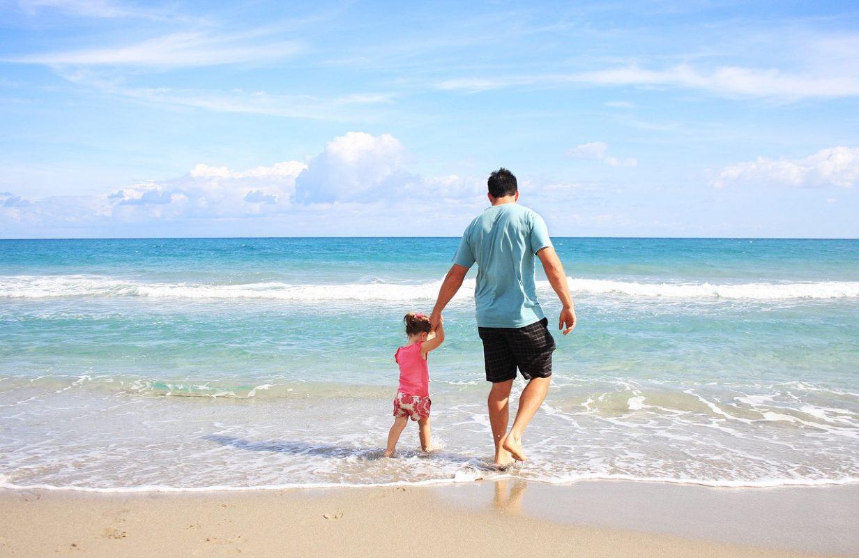 Todo lo que necesitas saber sobre las bajas de paternidad en España