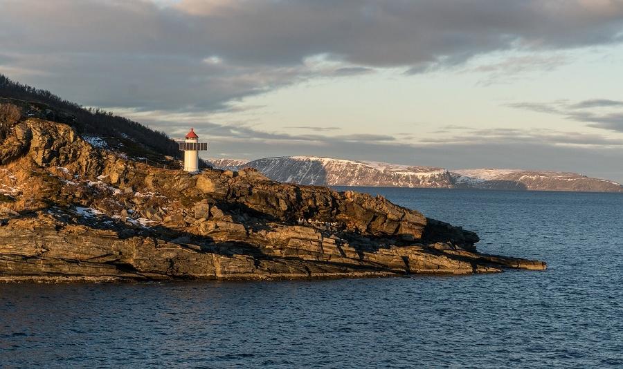Los mejores destinos para viajar en primavera: los fiordos noruegos