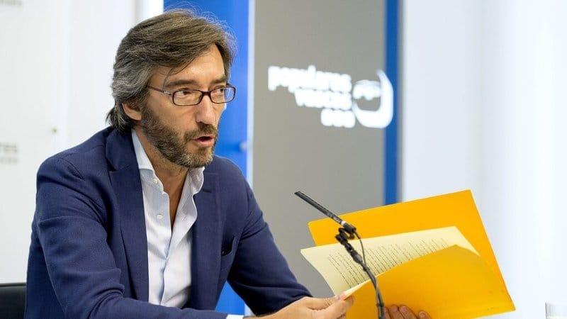 políticos españoles guapos: Iñaki Oyarzábal